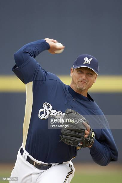 Milwaukee Brewers Trevor Hoffman in action pitching vs Team Australia during exhibition game at Maryvale Baseball Park Phoenix AZ 3/5/2009 CREDIT...