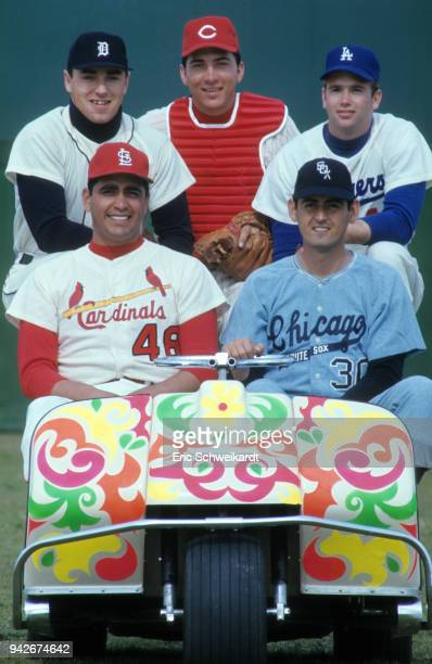 MLB Rookies Top Row Detroit Tigers Don Pepper Cincinnati Reds Johnny Bench and Los Angeles Dodgers Alan Foster Bottom Row St Louis Cardinals Mike...