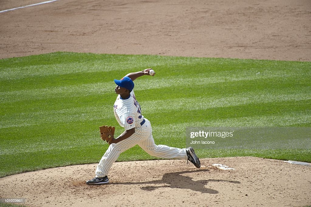 New York Mets Jenrry Mejia (32) in action, pitching vs San Francisco Giants. Flushing, NY 5/9/2010