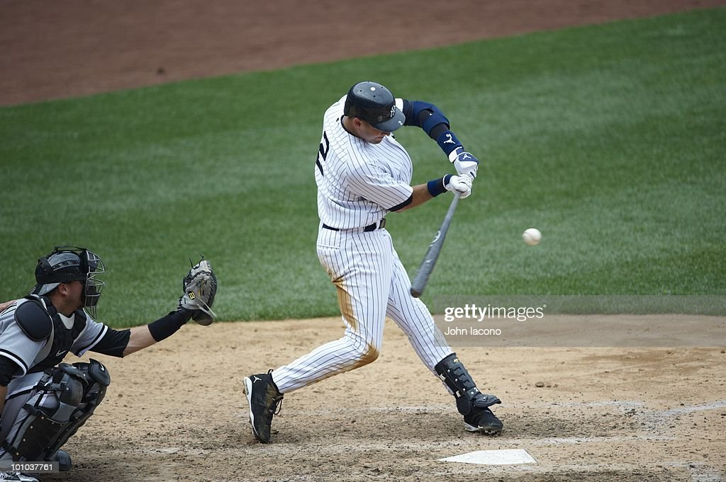 New York Yankees Derek Jeter (2) in action, at bat vs Chicago White Sox. Bronx, NY 5/2/2010