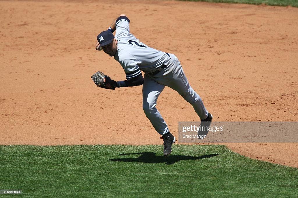 New York Yankees Derek Jeter 2 In Action Making Throw Vs San Francisco