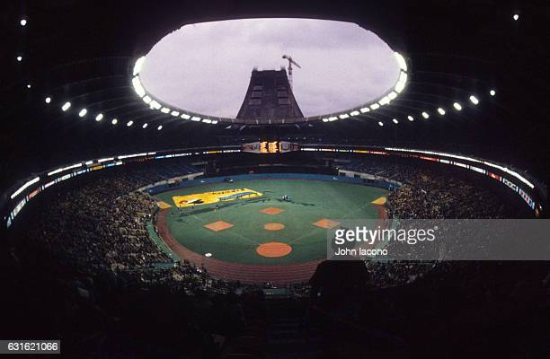 NLCS Playoffs Overall scenic view of Olympic Stadium before Montreal Expos vs Los Angeles Dodgers game Game 5 Montreal Canada CREDIT John Iacono