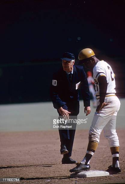 NLCS Playoffs Pittsburgh Pirates Roberto Clemente during game vs Cincinnati Reds at Three Rivers StadiumPittsburgh PA 10/7/197210/8/1972CREDIT Dick...