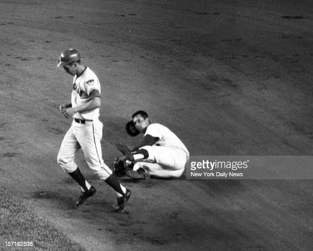 Baseball NY Mets vs Chicago CubsGlenn Beckert shows no concern for Ron Hunt after Cub collided with Met star as second baseman tagged him during...