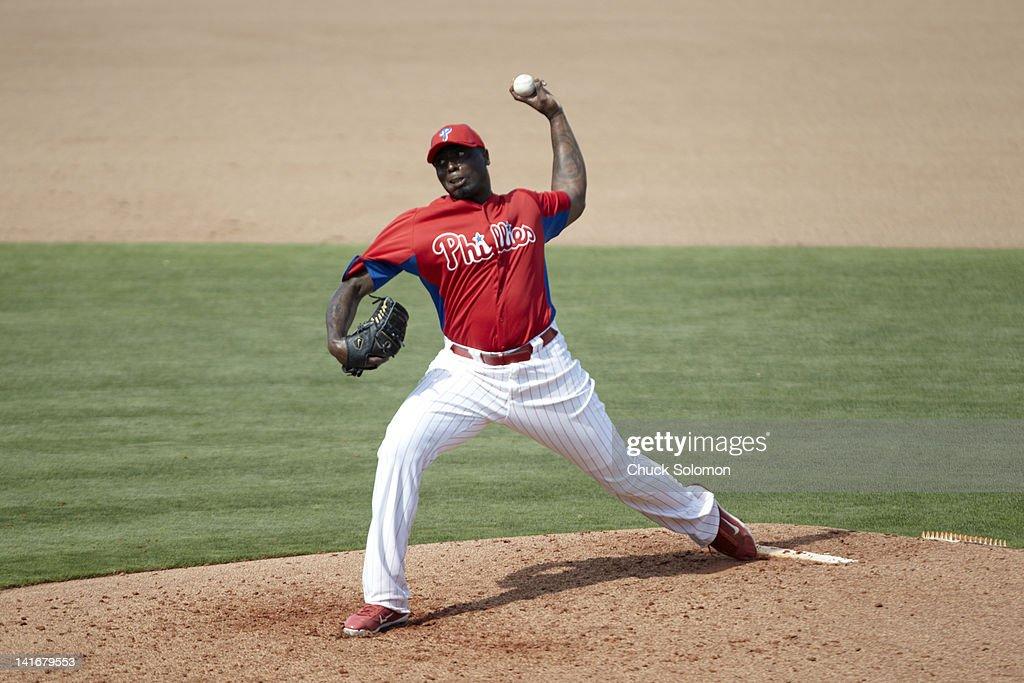 Philadelphia Phillies vs New York Yankees, 2012 Spring Training : ニュース写真