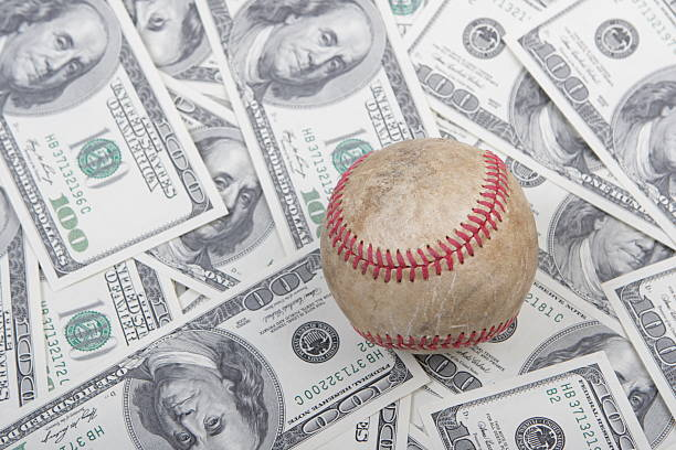influence of money in sports Television hasn't done much to baseball, other than making it more up close and personal -- a story instead of a backdrop for a sunny summer's eve other sports have followed similar televised trajectories football is full of color, cheerleaders and end-zone dances -- all of which you might miss without television.