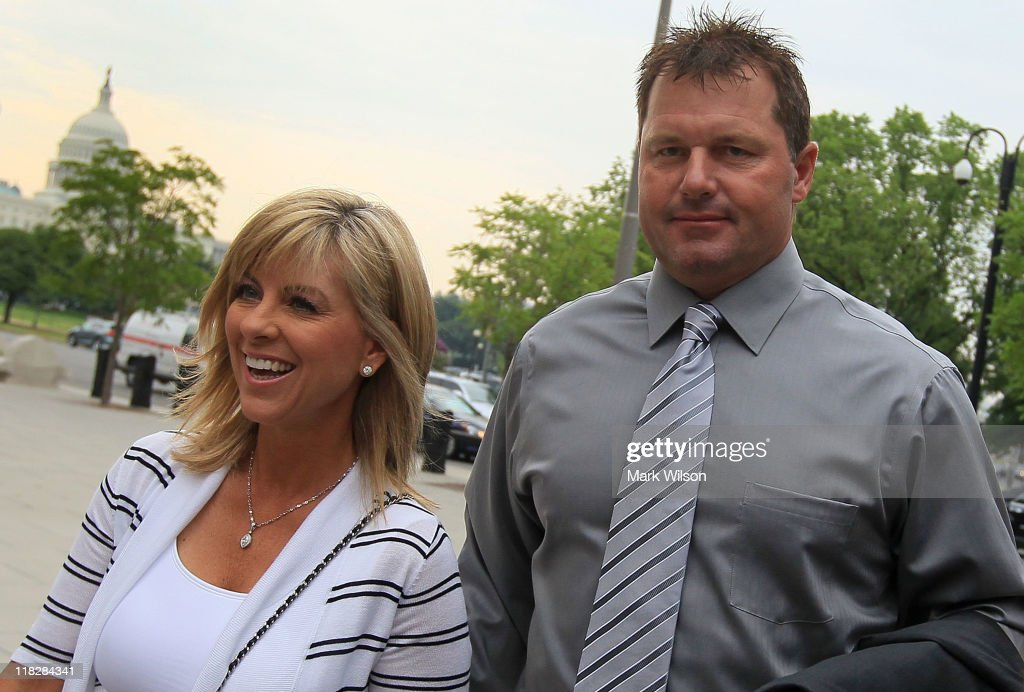 Roger Clemens Obstruction-Perjury Trial Begins In Washington
