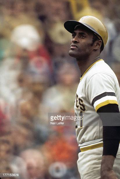 Pittsburgh Pirates Roberto Clemente during game vs Chicago Cubs at Wrigley Field Chicago IL CREDIT Neil Leifer