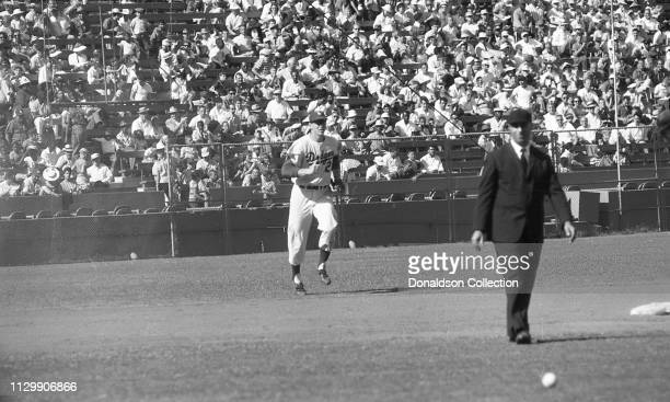 Baseball Player Frank Howard of the Los Angeles Dodgers plays in a game in 1960