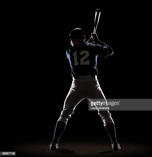 baseball player preparing to swing bat - 野球選手 ストックフォトと画像