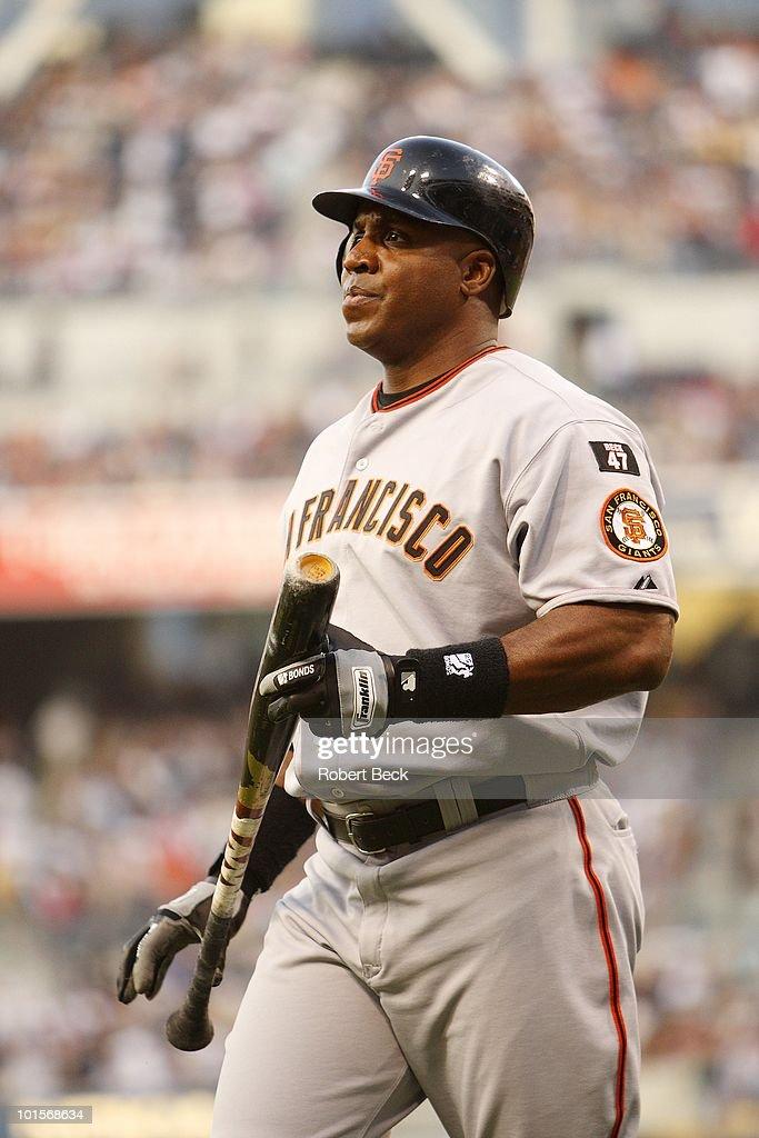 San Francisco Giants Barry Bonds (25) at bat during game vs San Diego Padres. San Diego, CA 8/3/2007