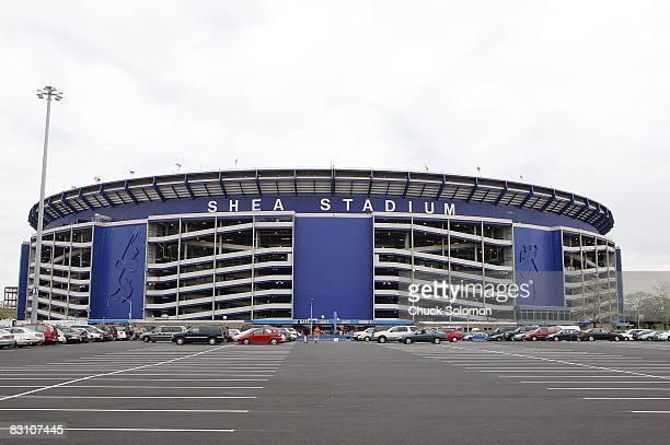 Scenic view of exterior of Shea Stadium before New York Mets vs Atlanta Braves game. Flushing, NY 4/25/2008 CREDIT: Chuck Solomon