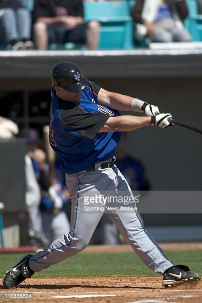 Baseball Spring Training - New York Mets Jason Phillips against Washington Nationals during spring training in Viero, Fla., on March 2, 2005. The...