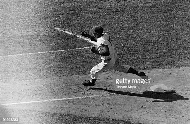 World Series Brooklyn Dodgers Gil Hodges in action running bases vs New York Yankees Game 2 Brooklyn NY 10/5/1956 CREDIT Richard Meek