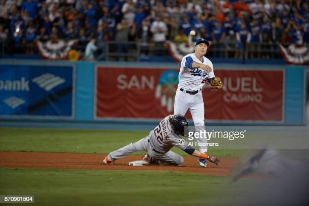 World Series: Los Angeles Dodgers Chase Utley in action, throwing vs Houston Astros Josh Reddick at Dodger Stadium. Game 6. Los Angeles, CA CREDIT:...