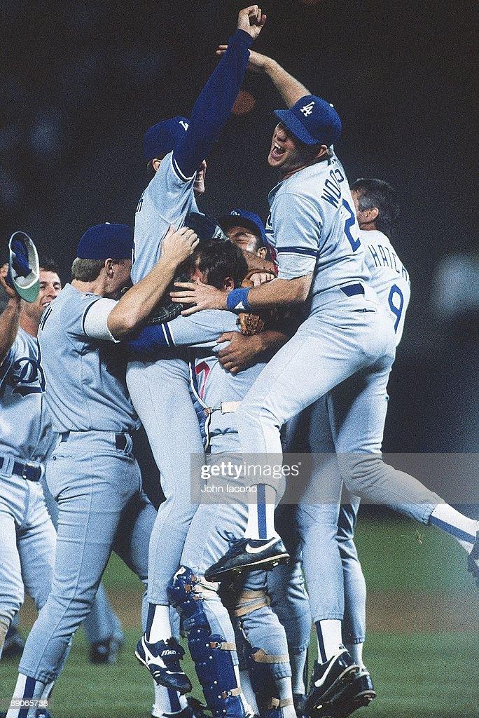 Los Angeles Dodgers Orel Hershiser, 1988 World Series : News Photo