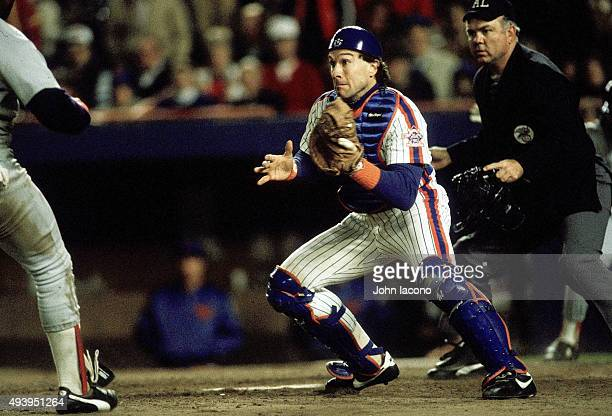 World Series New York Mets Gary Carter in action vs Boston Red Sox at Shea Stadium Game 6 Flushing NY CREDIT John Iacono