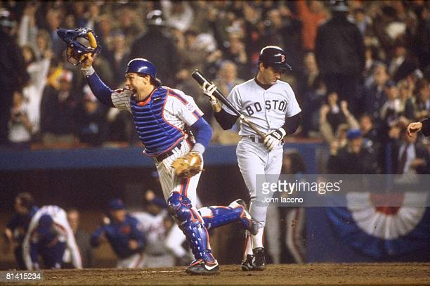 Baseball World Series New York Mets Gary Carter victorious winning game and series after Boston Red Sox Marty Barrett strike out Game 7 Flushing NY