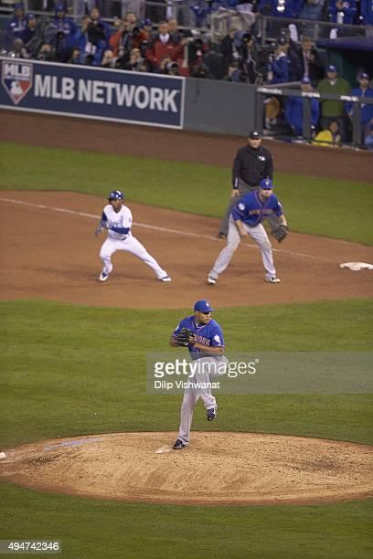 World Series: New York Mets Jeurys Familia in action, pitching vs Kansas City Royals at Kauffman Stadium. Game 1. Kansas City, MO CREDIT: Dilip...