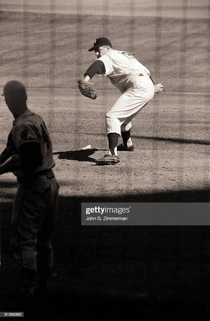 World Series, New York Yankees Bob Turley in action vs Milwaukee Braves, Bronx, NY 10/6/1958
