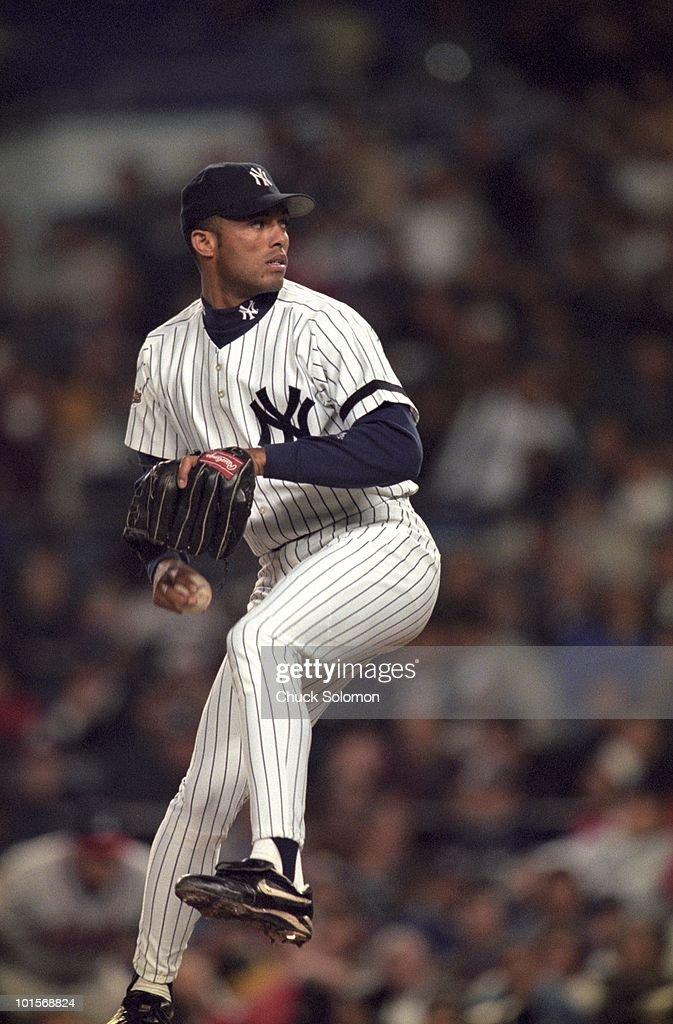 New York Yankees Mariano Rivera (42) in action, pitching vs Atlanta Braves. Game 2. Bronx, NY