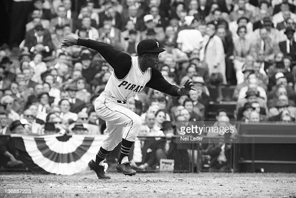 Baseball World Series Pittsburgh Pirates Roberto Clemente in action at bat vs New York Yankees at Forbes Field Game 2 Pittsburgh PA 10/6/1960 CREDIT...