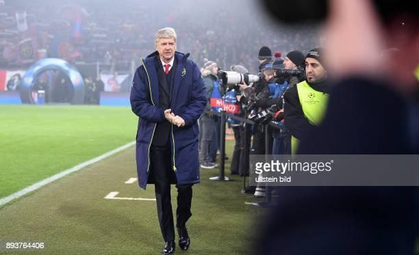 FUSSBALL FC Basel Arsenal London Trainer Arsene Wenger