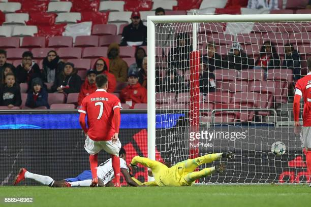 Basel's forward Dimitri Oberlin from Suisse heads to score during the UEFA Champions League Group A football match between SL Benfica and FC Basel at...