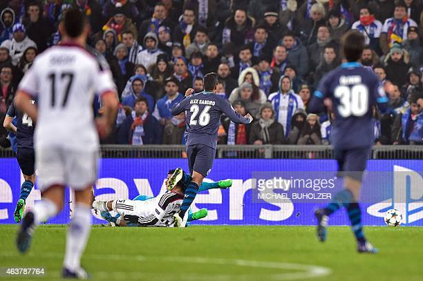 Basel's Paraguayan midfielder Derlis Gonzalez scores the opening goal past Porto's Brazilian goalkeeper Fabiano during the UEFA Champions League...