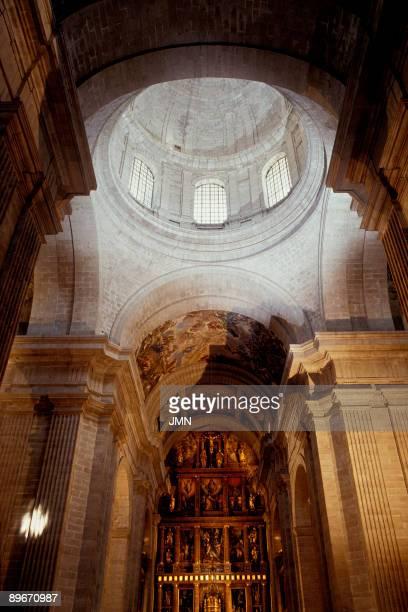 Basilica de El Escorial Madrid Basilica The basilica of the Monastery of El Escorial is the central building in the El Escorial complex XVIth century...