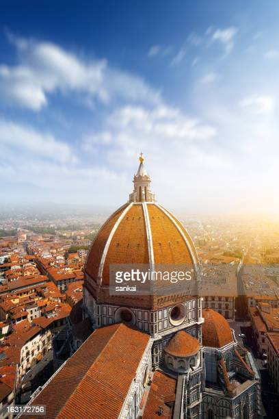 basilica di santa maria del fiore in florence, italy - florence italy stock pictures, royalty-free photos & images