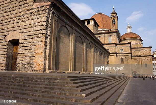 大聖堂サンロレンゾで、フィレンツェ(イタリア)