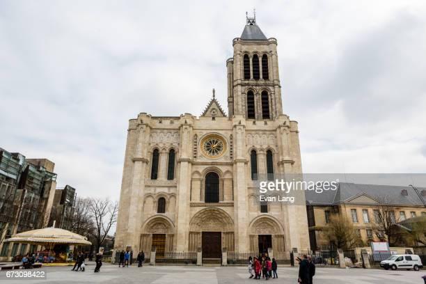 basilica of st denis - île de france stock-fotos und bilder