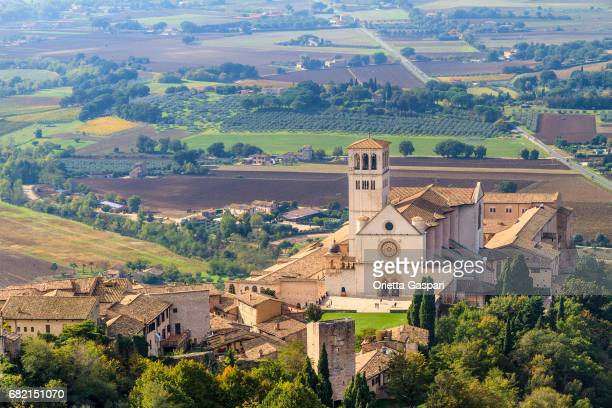 basilica di san francesco, assisi - umbria, italy - umbria stock pictures, royalty-free photos & images
