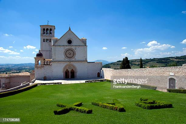 basilica of st. francis in assisi - basilica stock pictures, royalty-free photos & images
