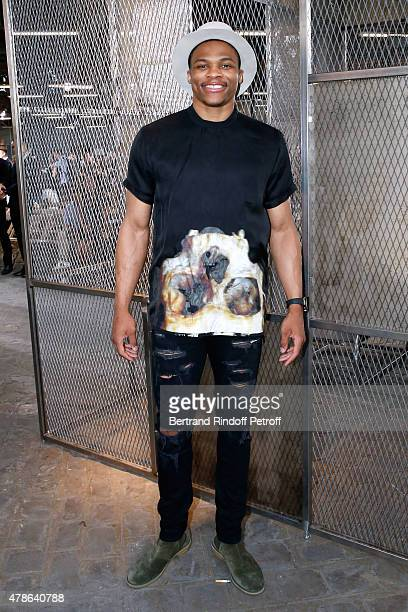 Basket Ball Player Russell Westbrook attends the Givenchy Menswear Spring/Summer 2016 show as part of Paris Fashion Week on June 26 2015 in Paris...