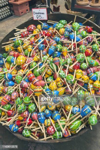 basket of maracas for sale - guatemala fotografías e imágenes de stock