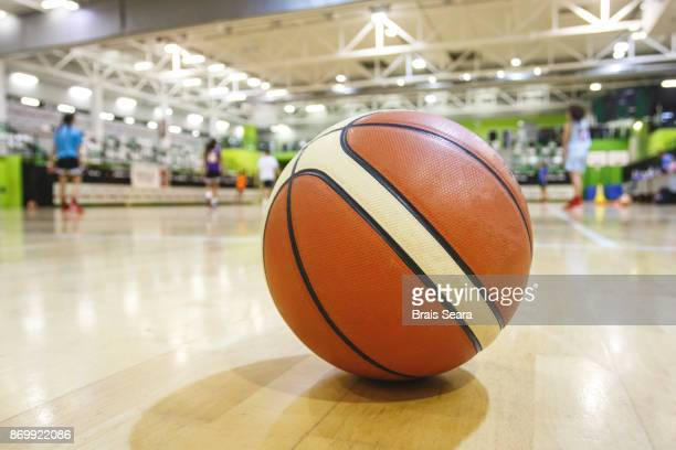 basket - women's basketball stock pictures, royalty-free photos & images