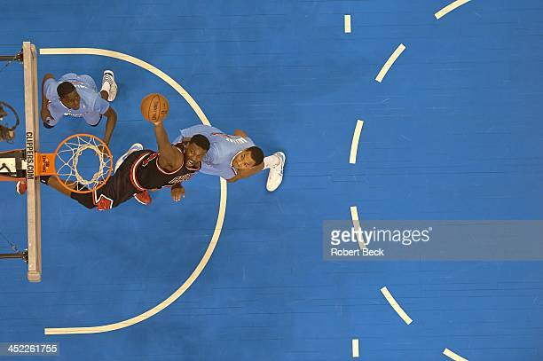 Aerial view of Chicago Bulls Nazr Mohammed in action vs Los Angeles Clippers at Staples Center Los Angeles CA CREDIT Robert Beck