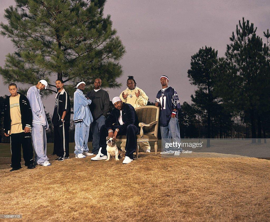 Casual portrait of Memphis Grizzlies Lorenzen Wright during photo shoot with friends. Memphis, TN 3/26/2002
