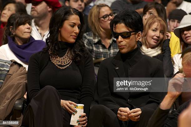 Celebrity musician Prince with Bria Valente courtside during Boston Celtics vs Los Angeles Lakers game Los Angeles CA CREDIT John W McDonough