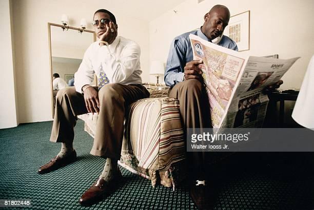Basketball Chicago Bulls Michael Jordan casual in hotel room with Ahmad Rashad