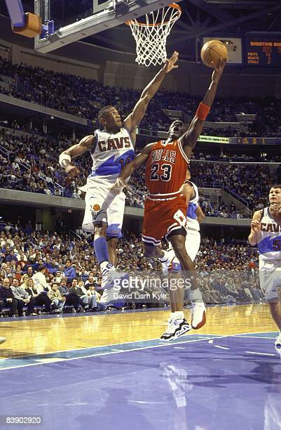 Chicago Bulls Michael Jordan in action, layup vs Cleveland Cavaliers Bobby Phills . Cleveland, OH 2/27/1997 CREDIT: David Liam Kyle