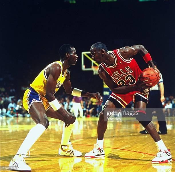 Basketball Chicago Bulls Michael Jordan in action vs Los Angeles Lakers Inglewood CA 3/21/1989