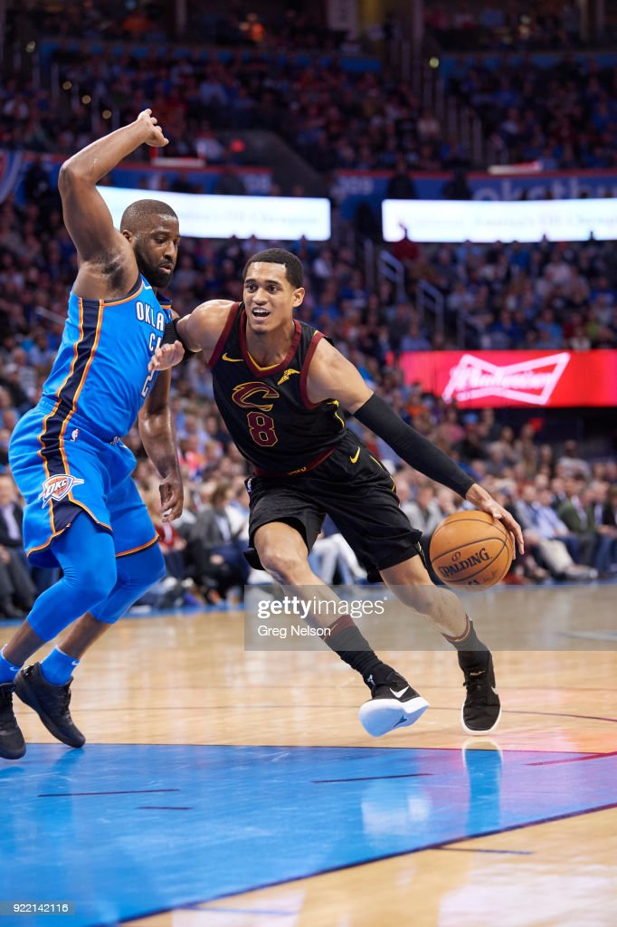 Cleveland Cavaliers Jordan Clarkson (8) in action vs Oklahoma City Thunder Raymond Felton (2) at Chesapeake Energy Arena. Greg Nelson TK1 )