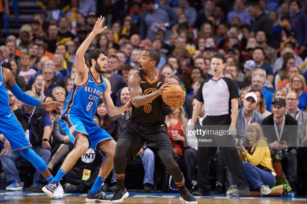 Cleveland Cavaliers JR Smith (5) in action vs Oklahoma City Thunder Alex Abrines (8) at Chesapeake Energy Arena. Greg Nelson TK1 )