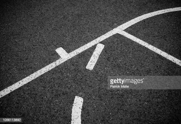 basketball court - dividing line road marking stock pictures, royalty-free photos & images