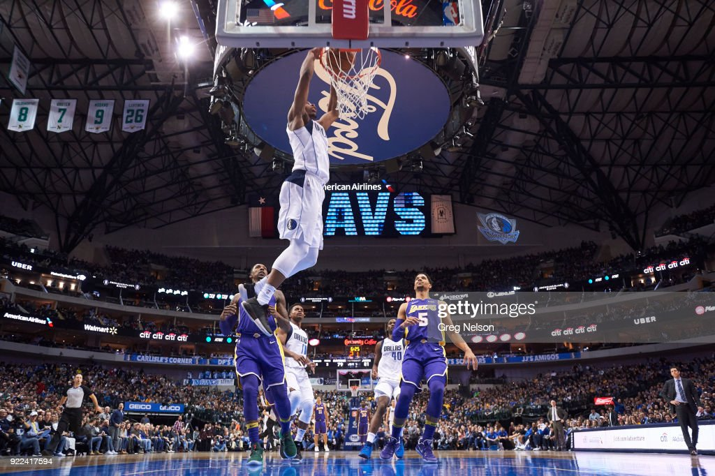 Dallas Mavericks Dennis Smith Jr. (1) in action, dunking vs Los Angeles Lakers at American Airlines Center. Greg Nelson TK1 )