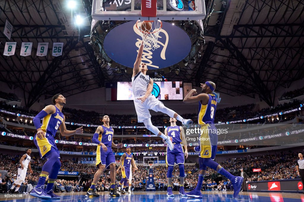 Dallas Mavericks vs Los Angeles Lakers