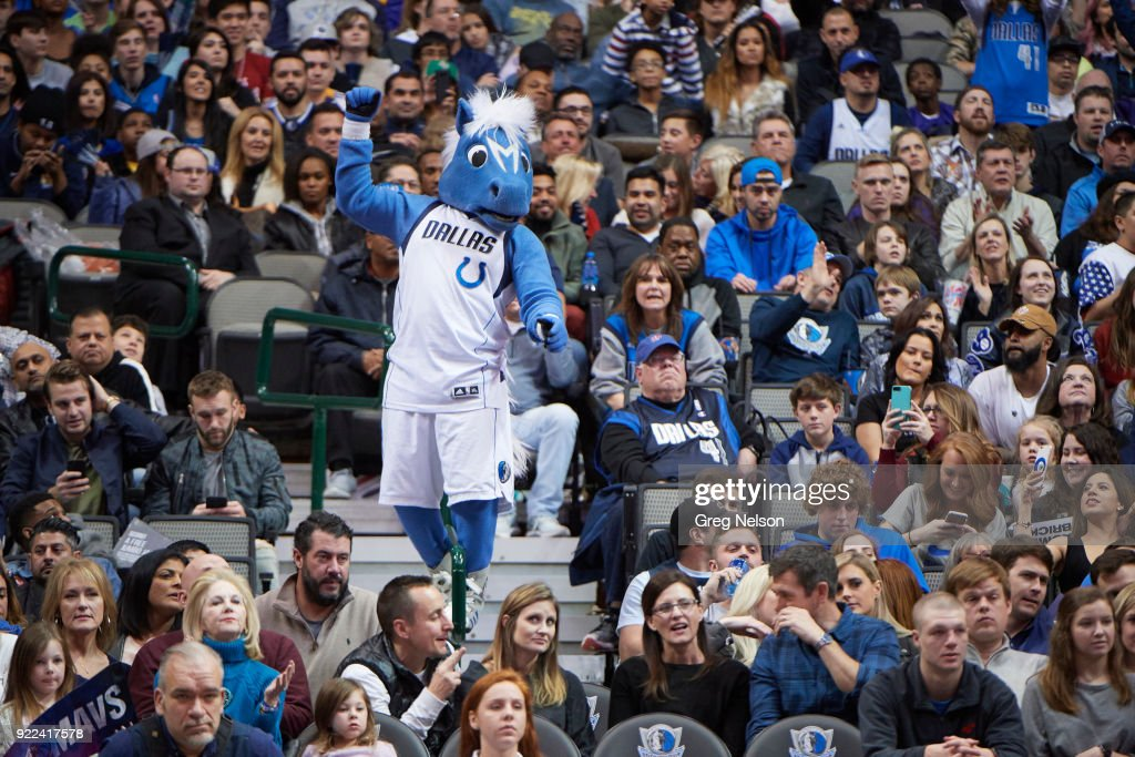 Dallas Mavericks mascot Champ in stands during game vs Los Angeles Lakers at American Airlines Center. Greg Nelson TK1 )